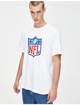 T Shirt With Nfl Illustration by Pull & Bear