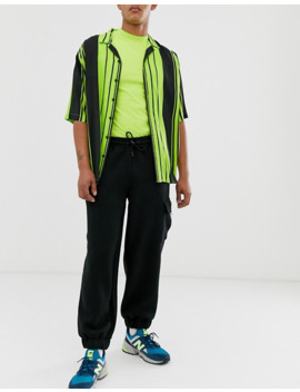 collusion-–-schwarze-utility-jogginghose by asos