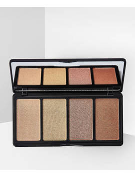 Fanatic Highlighter Palette Moonlight Magic by L.A. Girl
