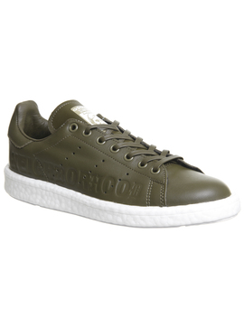 Stan Smith by Adidas Statement