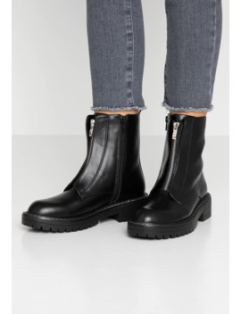Pepa   Classic Ankle Boots by Head Over Heels By Dune