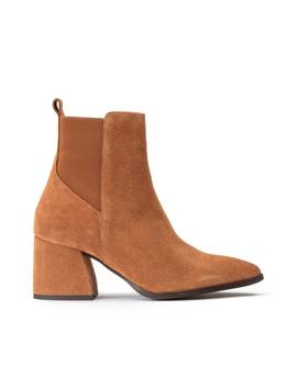 Joy Heeled Suede Boots by Vero Moda