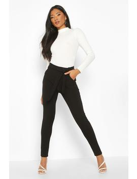 Tapered Leg Trouser With Tie Belt And Pocket by Boohoo