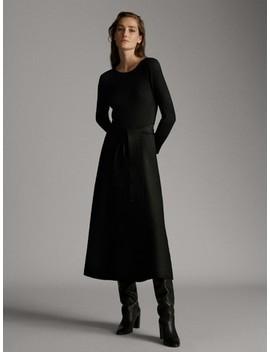 Vestido De Decote Redondo Com Cinto by Massimo Dutti