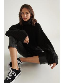 Amalia Knitted Sweater by Ginatricot