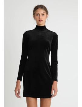 Robe De Soirée by Glamorous