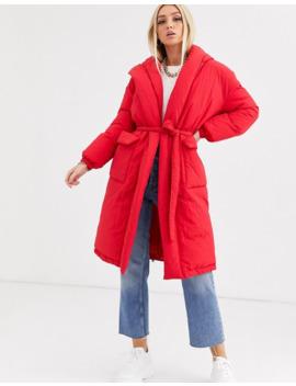 Красное дутое пальто с поясом эксклюзивно от Boohoo by Boohoo