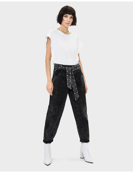 Balloon Fit Jeans With Belt And Shimmer by Bershka