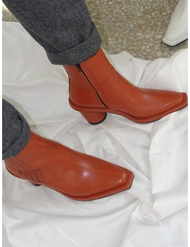 Oblique Square Chelsea Boots Cognac by Reike Nen