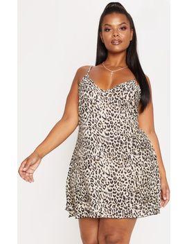 Plus Brown Leopard Swing Dress by Prettylittlething