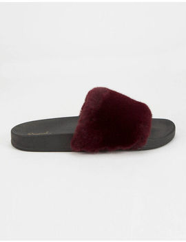 Qupid Faux Fur Wine Womens Sandals by Qupid