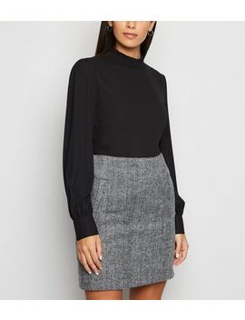 Light Grey Chevron Brushed Mini Skirt by New Look