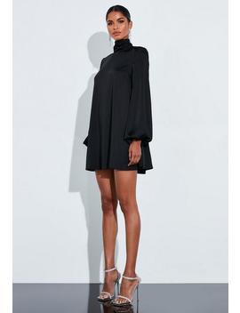 Peace + Love Czarna Satynowa Sukienka Z Bufiastymi Rękawami by Missguided