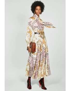 Sukienka Z Nadrukiem Plisowaniem by Zara