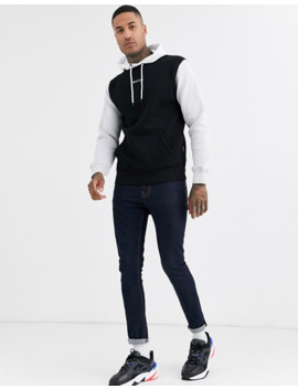 Nicce Hoodie With Contrast Sleeves In Black by Nicce