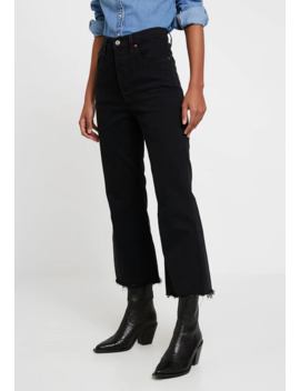 Ribcage Crop Flare   Flared Jeans by Levi's®