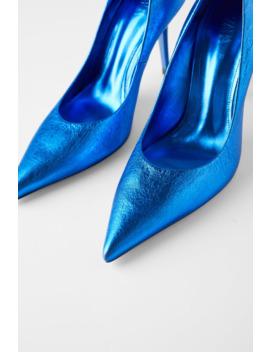Lederschuh Mit Absatz In Metalloptik – Blue Collection by Zara