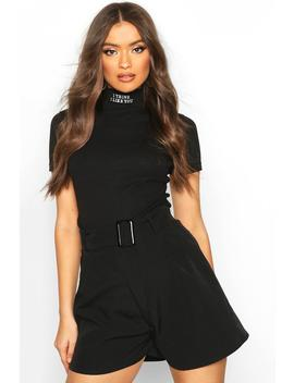 Belted Buckle Shorts by Boohoo
