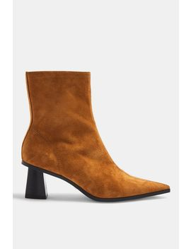 Maile Leather Tan Point Boots by Topshop