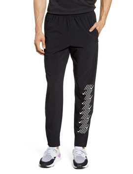 Phantom Essence Capsule Running Pants by Nike