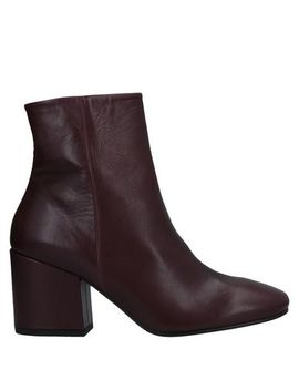Ankle Boot by Vic MatiĒ
