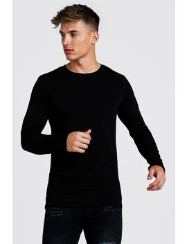 Muscle Fit Long Sleeve Longline T Shirt by Boohoo
