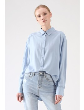 Ultra Softness Basic Shirt In Blue by Chicwish