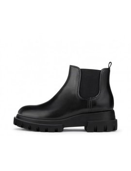 Beatle Boot With Chunky Sole by Attilio Giusti Leombruni