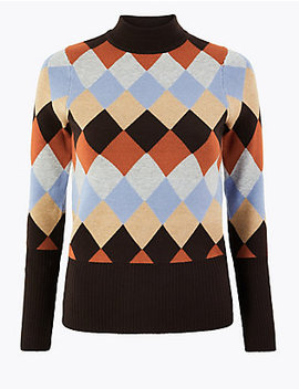 Diamond Argyle Fitted Jumper by Standard Delivery :