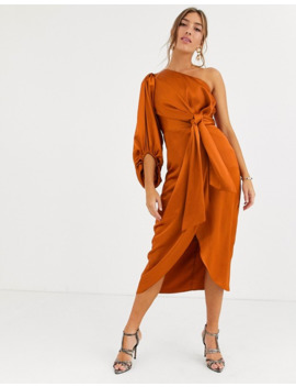 By Malina   Rustfarvet Satin One Shoulder Midikjole by Asos