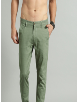 Men Green Regular Fit Solid Chinos by Roadster