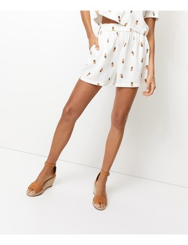 Pineapple Pull On Linen Short by Sportsgirl