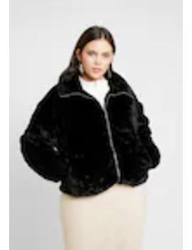 Jacket   Winterjas by Missguided Plus