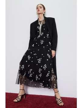 Vestido De Tule Com Bordados De Flores by Zara