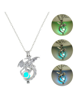2019 Fashion Dragon Glowing Stone Necklace Women Man Glow In The Dark Pendant Necklace Movies Tv Luminous Decoration Jewellery by Ali Express.Com