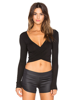 Amelia Long Sleeve Crop In Black by Alo