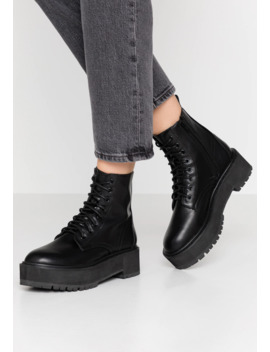 Brazen Chunky Boot   Stivaletti Con Plateau by Topshop