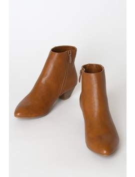 Abrie Tobacco Pointed Toe Ankle Booties by Cl By Laundry