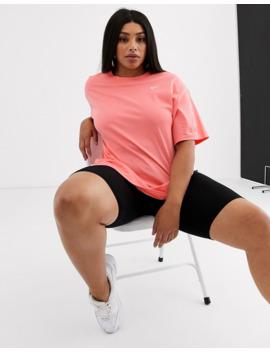 Nike Plus Boyfriend T Shirt In Pink by Nike