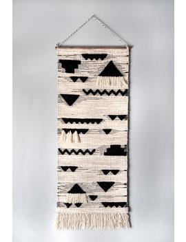 Wall Hanging Hula Tribal Peaks by Rugs Usa