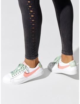 Women's Nike Blazer Low Le by Nike