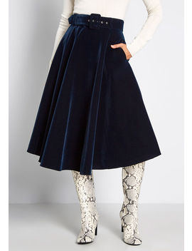 Mod Cloth X Collectif Dolled Up Velvet Swing Skirt by Collectif