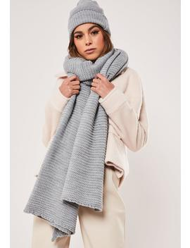 Gray Knitted Hat And Scarf Set by Missguided