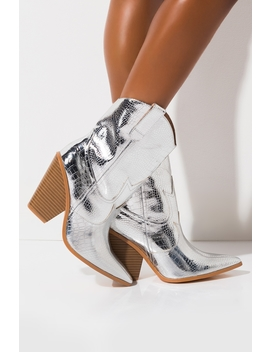 Fever You Cant Sweat Out Western Chunky Boot by Akira