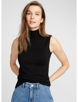 Sleeveless Turtleneck by Twik