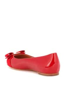 Ballerinas Aus Lackleder by Salvatore Ferragamo