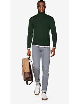 Emerald Green Turtleneck by Suitsupply