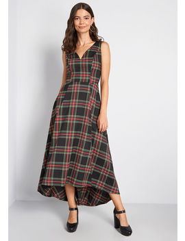 Mod Cloth X Collectif Dignity On Display Plaid Midi Dress by Collectif