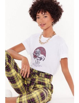 Tell Me Your Star Sign Leo Graphic Tee by Nasty Gal