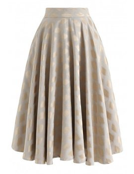 Diamond Printed Midi Skirt In Gold Glam V Neck Ribbed Top In Black Glam V Neck Ribbed Top In White Multi Floral Print Embossed Midi Skirt by Chicwish